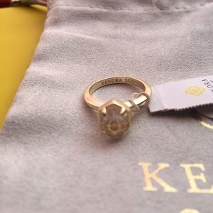 Kendra Scott Calvin gold ring/clear stone SIZE 5